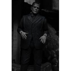 Universal Monsters figurine Ultimate Frankenstein's Monster (Black & White) 18 cm