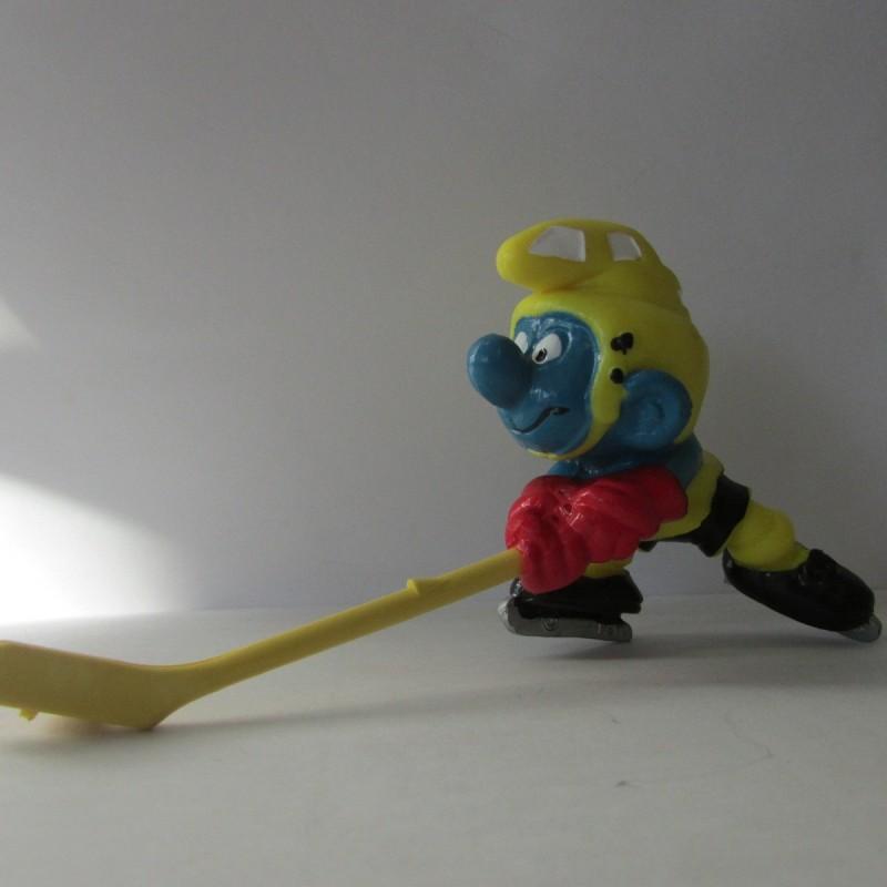 Les Schtroumpfs Figurine Schleich 20032 Hockeyeur Canne Jaune