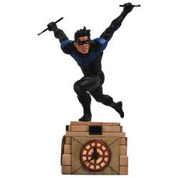 DC Comic Gallery diorama Nightwing 23 cm