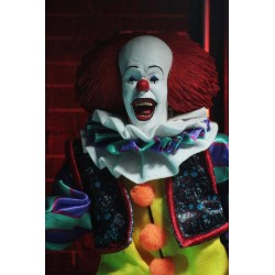 « Il » est revenu 1990 figurine Retro Pennywise 20 cm Neca IT