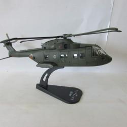 Hélicoptère 1/100 James Bond Skyfall AW101 Altaya Tout Les Films