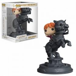 Harry Potter POP! Movie Moments Vinyl Figurine Ron Riding Chess Piece 21 cm