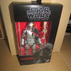 PBA - Figurine Star Wars Black Series Captain Phasma Exclusive  modèle 2 Hasbro Boites Abîmées en Promos